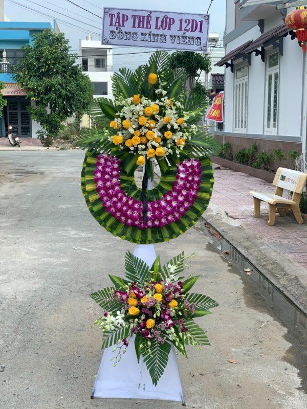 vòng hoa đám tang quận 11