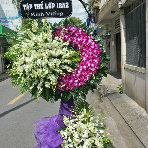 vòng hoa đám tang nhà tang lễ
