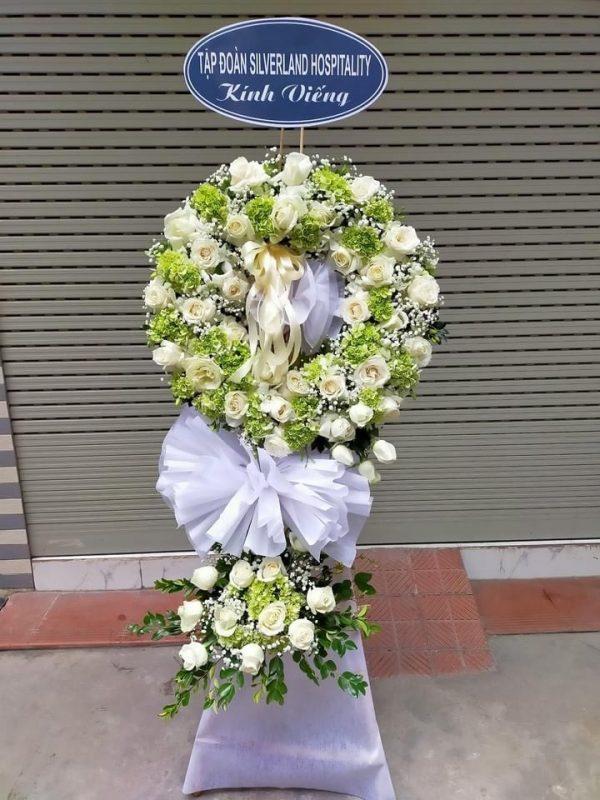 Vòng hoa đám tang Nhà tang lễ bệnh viện Nguyễn Tri Phương