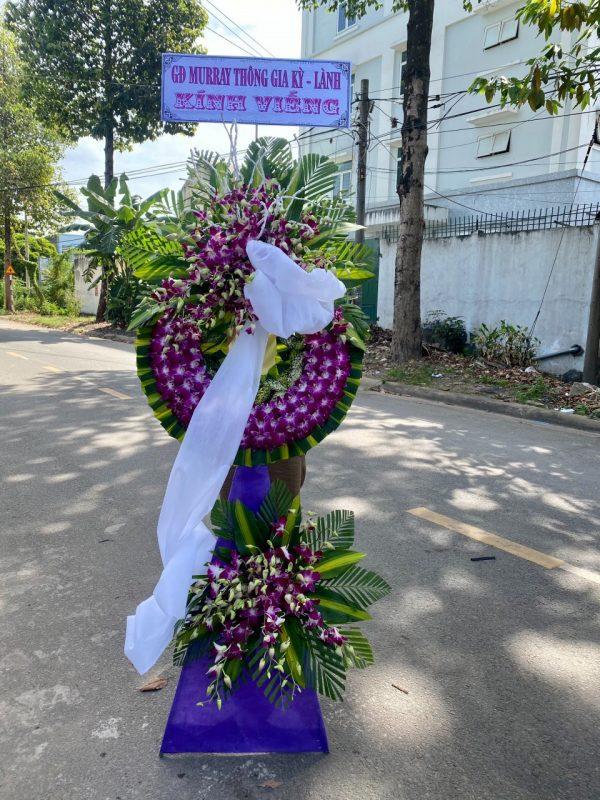 hoa đám tang hòa thành