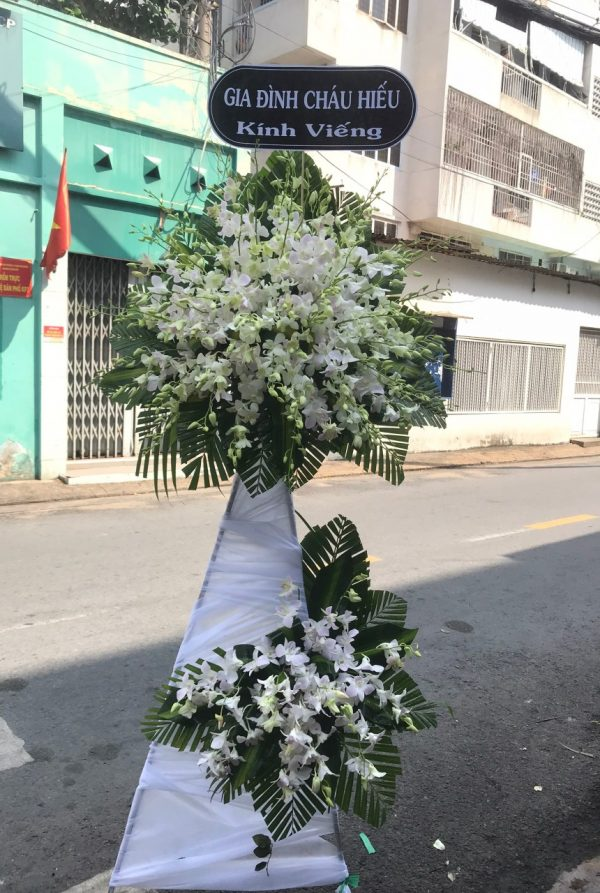 hoa đám tang hồng ngự