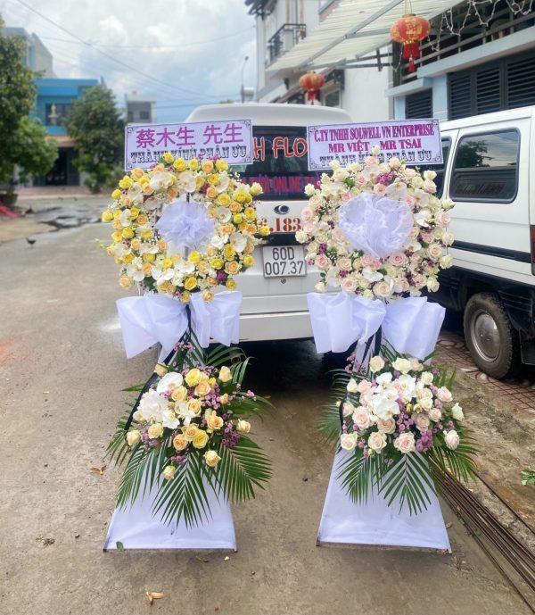 hoa đám tang long mỹ