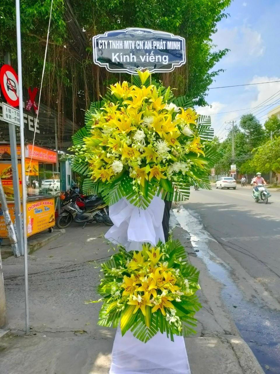 hoa đám tang mỹ xuyên