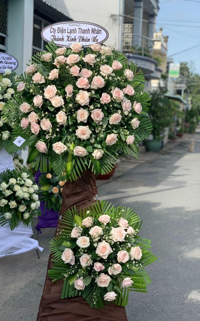 hoa đám tang ái nghĩa