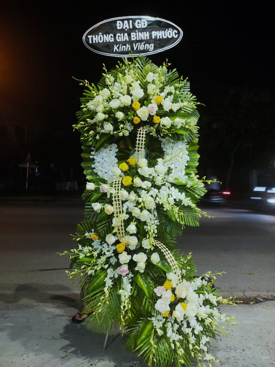 hoa đám tang đông hòa