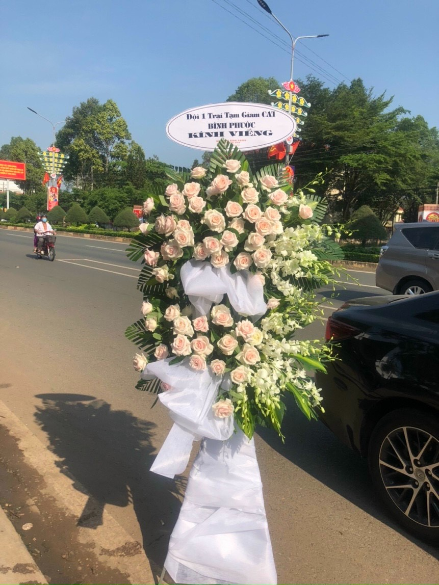 hoa đám tang tân thành