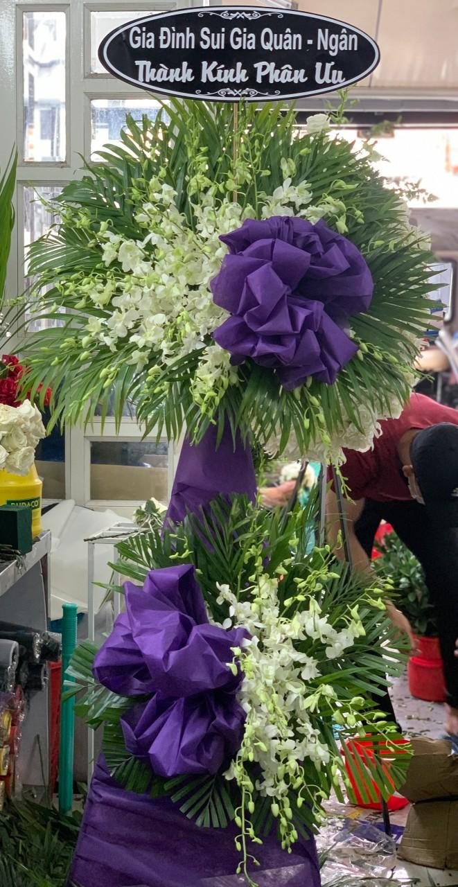hoa đám tang xuyên mộc