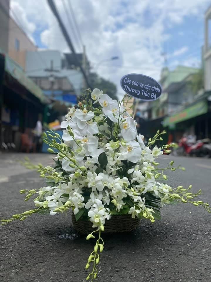 hoa tang lễ tân bình